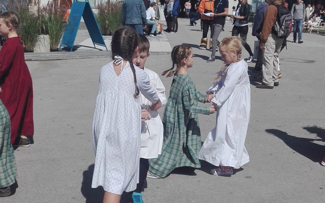 S folkloro zaplesali na celjskem sejmu